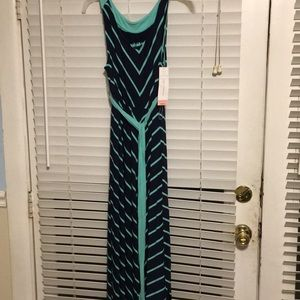 Liz Lange Dresses - Liz Lange maternity dress